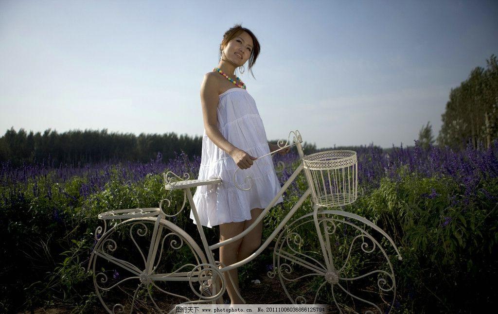 单车女孩图片