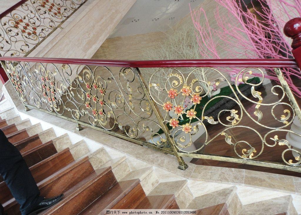 售楼部楼梯 楼梯装饰 欧式楼梯 花 花边 售楼部装饰 室内摄影