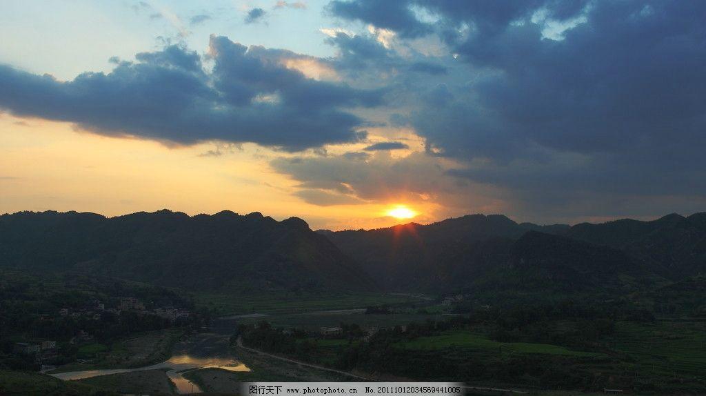 田园风光 晚霞 田野 河 自然景观 摄影 350dpi jpg