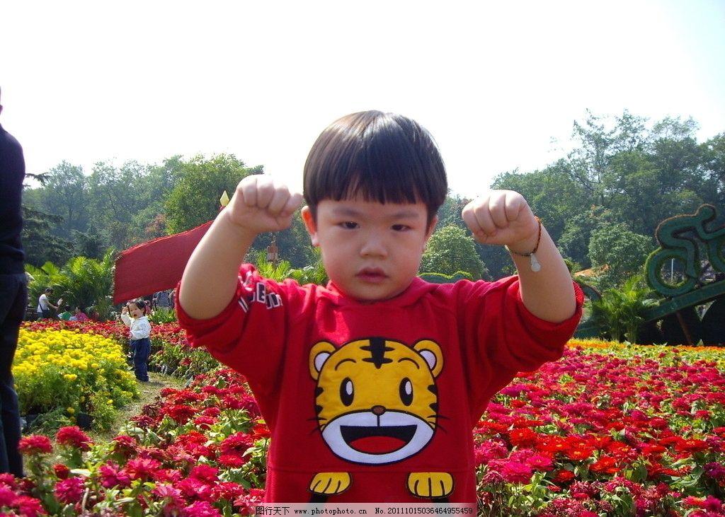 可爱小宝贝 自拍 可爱 宝宝 风景 红色 三岁宝宝 儿童幼儿 人物图库