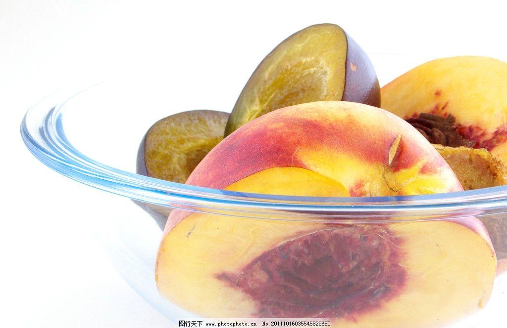 桃子水果摄影图片