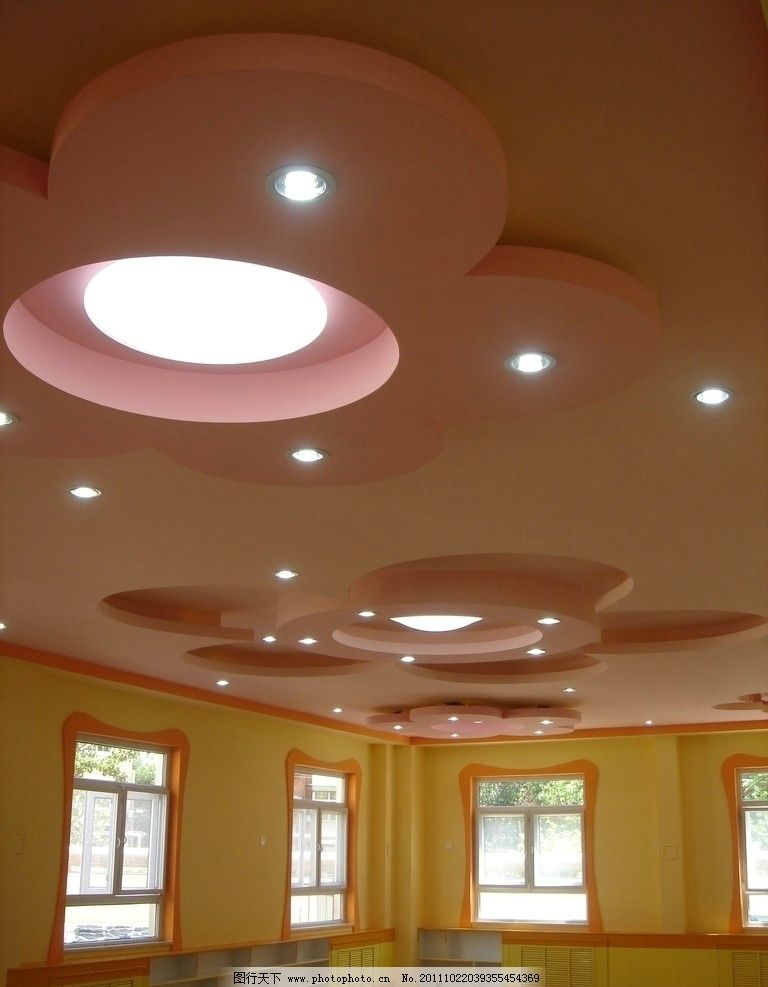 幼儿园教室房顶设计_幼儿园教室房顶设计分享展示图片