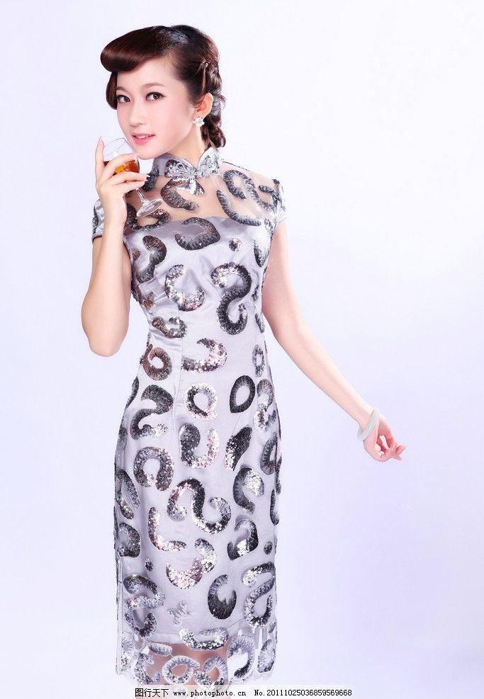 著名现代旗袍设计