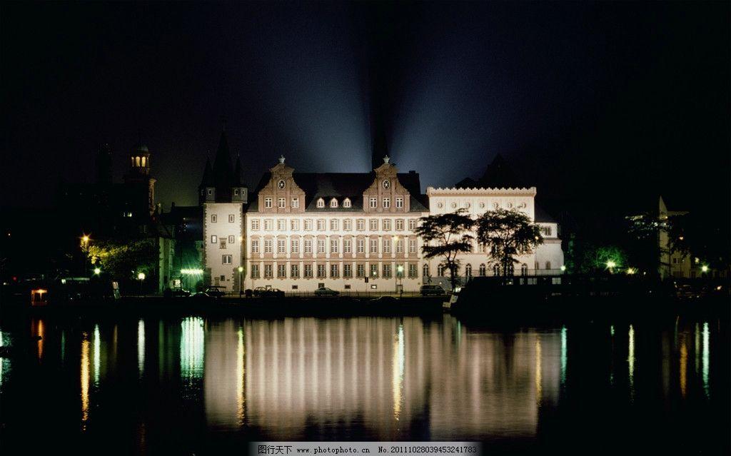 欧式建筑 夜景 国外建筑 外国建筑 雕塑 蓝天 白云 建筑摄影