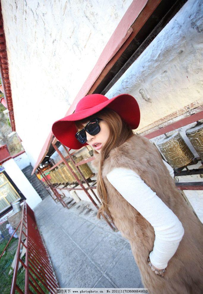 西藏美女 模特写真 漂亮女生壁纸 美女壁纸 高清美女 桌面壁纸