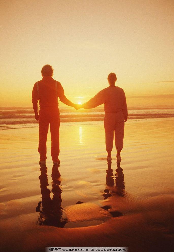 夕阳图片,余辉 情侣 美好 沙滩 牵手 自然风景 自然