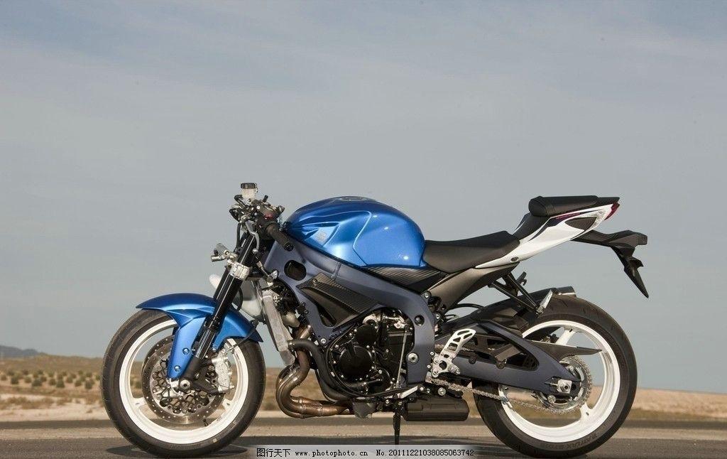 铃木 摩托车图片